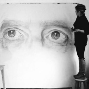 Cécile Bisciglia dans son atelier